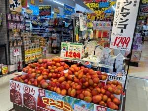 ドンキホーテ宮古島のマンゴーコーナー